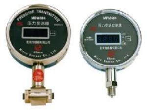 MPM/MDM484 Pressure/Differential PressureTransmitting Controller