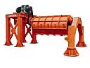 悬辊水泥制管机械